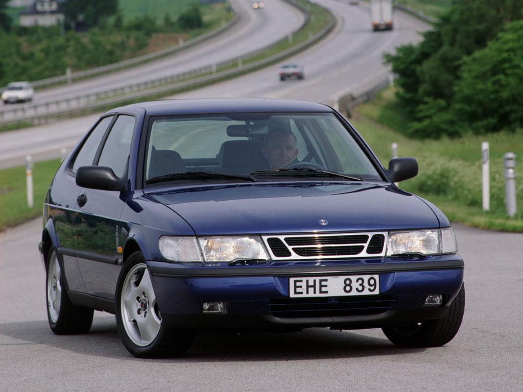 saab-900-2002