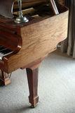 baby-grand-piano-7065475